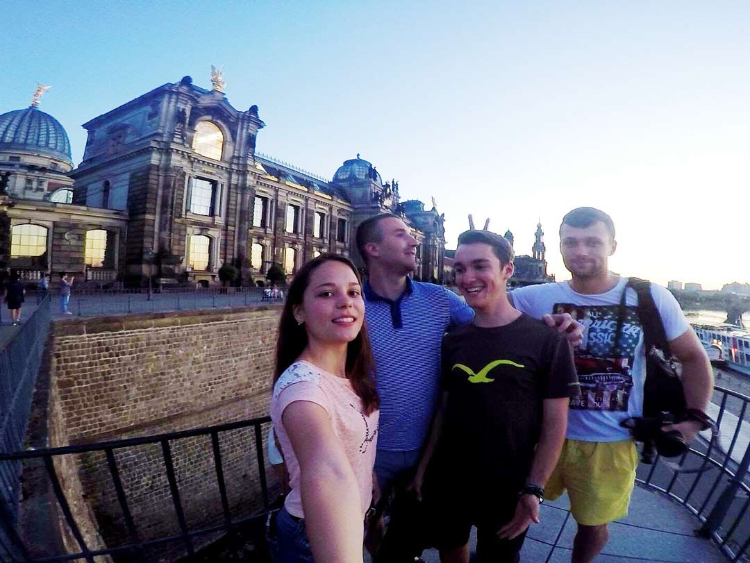visit Dresden with friends
